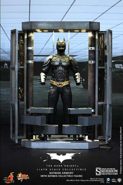 Hot Toys DC Batman Dark Knight Armory with Batman Figure Set