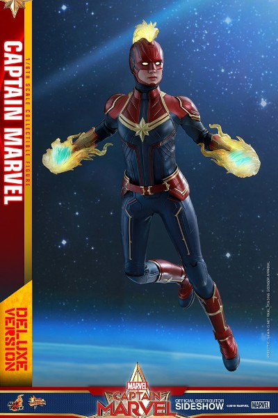 Hot Toys Marvel Captain Marvel Movie Deluxe Sixth Scale Figure