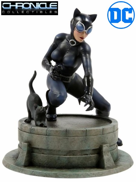 Chronicle Collectibles DC Catwoman by Jim Lee PVC Statue