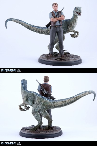 Chronicle Collectibles Jurassic World Owen and Blue Statue