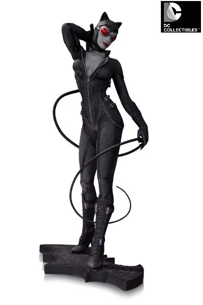DC Collectibles Batman Arkham City Catwoman Statue