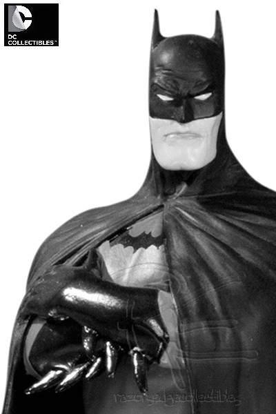 Preorder DC Batman Black and White Statue by Brian Bolland V2