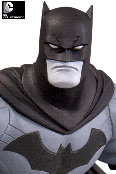 DC Collectibles Batman Black and White by Greg Capullo V2 Statue