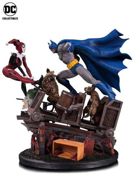 Preorder DC Collectibles Batman vs Harley Quinn Battle Statue