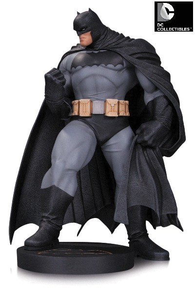 DC Comics Batman Dark Knight Master Race Batman Statue by Kubert