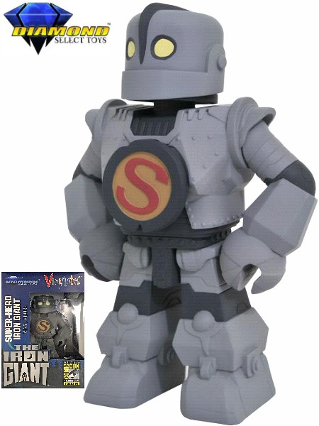 Diamond Select Toys Iron Giant Superhero Vinimates SDCC Figure