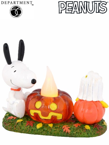 Department 56 Peanuts Snoopy's Pumpkin Surprise Figurine