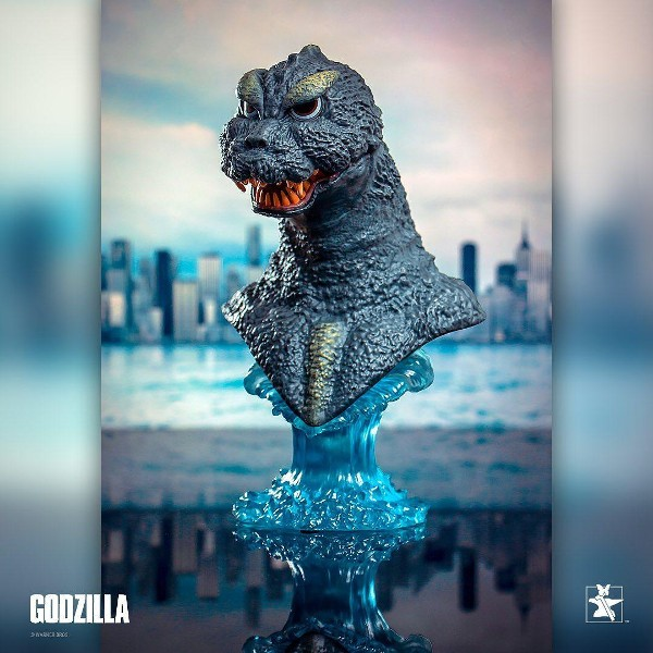 Preorder Diamond Select Toys Legends in 3D Godzilla 1964 Bust