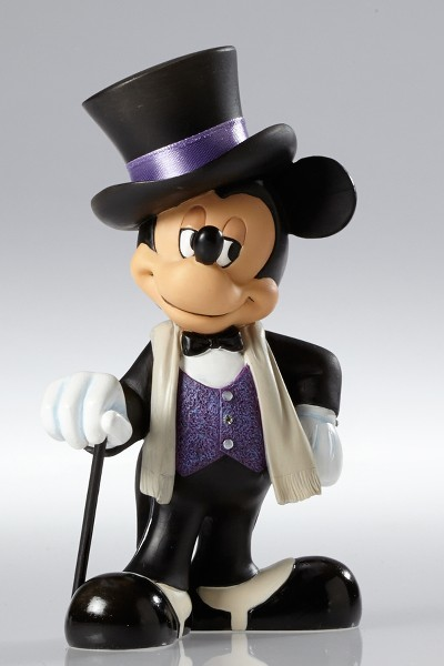 Disney Showcase Couture de Force Mickey Mouse Figurine