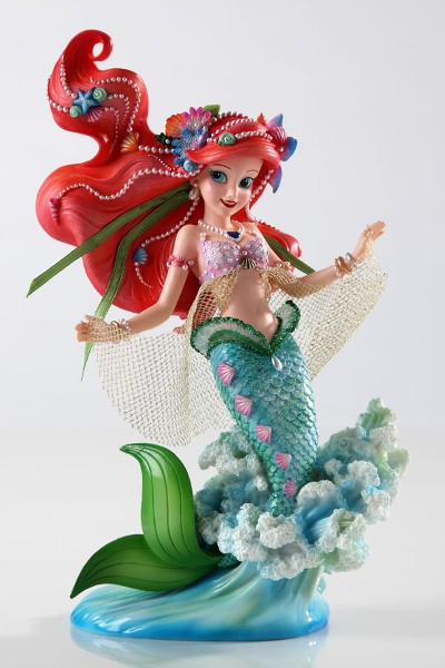 Disney Showcase Couture de Force Little Mermaid Ariel Figurine