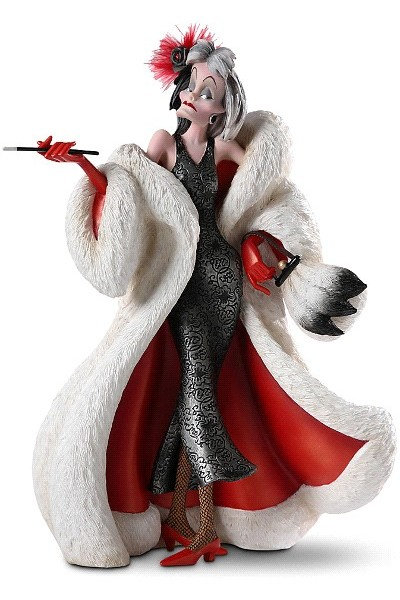 Disney Showcase Couture de Force Series Cruella de Vil Figurine