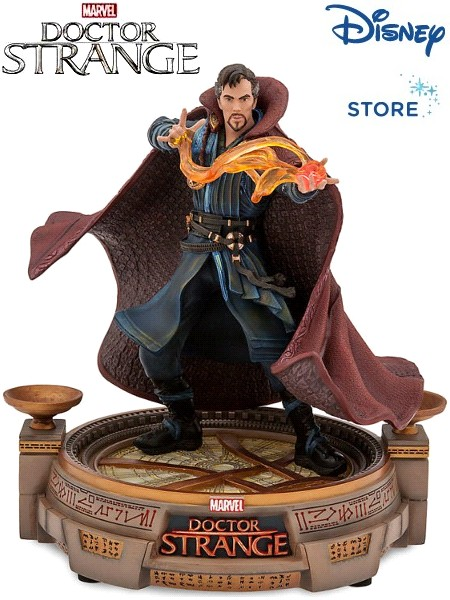 Disney Store Exclusive Marvel Doctor Strange Light Up Statue