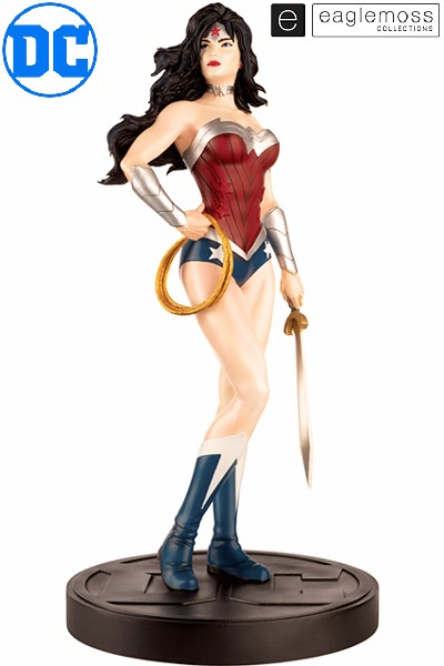 Eaglemoss DC Comics Wonder Woman Mega Scale Statue