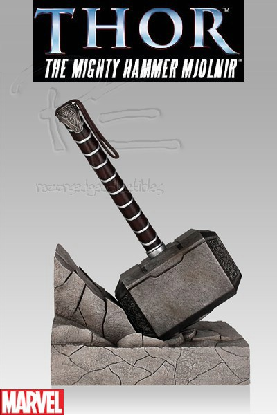Gentle Giant Marvel Thor Hammer Bookend