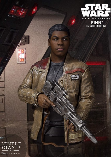 Gentle Giant Star Wars The Force Awakens Finn Bust