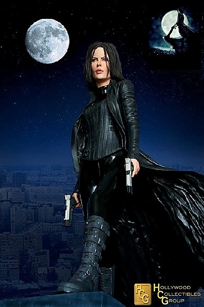 Hollywood Collectibles Group Underworld Selene Exclusive Statue