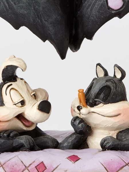 Looney Tunes by Jim Shore Pepe Le Pew and Penelope Statue