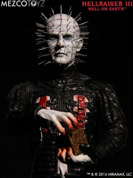 Mezco Hellraiser III Hell on Earth Pinhead 12 Inch Figure