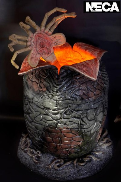 Neca Alien Egg and Facehugger Life Size Prop Replica
