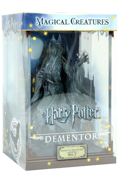 Noble Collection Harry Potter Magical Creatures Dementor Figure