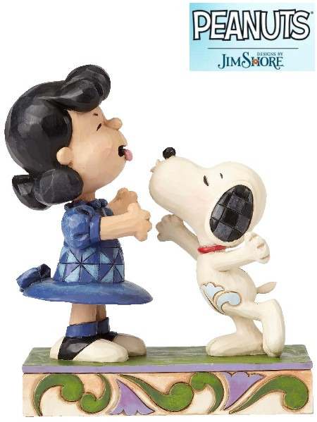 Peanuts by Jim Shore Snoopy Kissing Lucy Statue