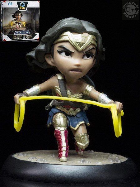 QMx DC Comics Justice League Wonder Woman Q-Fig PVC Figure