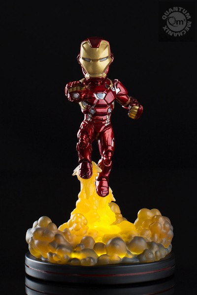 QMx Marvel Iron Man Light Up Q-Fig FX PVC Diorama