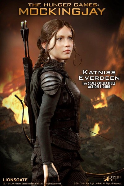 Star Ace Toys Hunger Games Katniss Everdeen Sixth Scale Figure