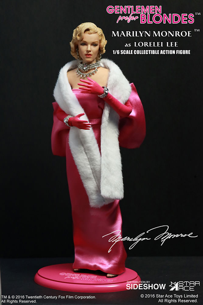 Star Ace Toys Marilyn Monroe as Lorelei Lee Pink Dress Figure
