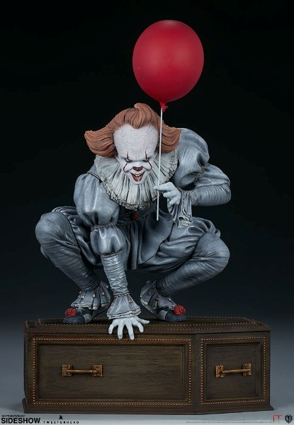 Tweeterhead It Pennywise on Coffin Maquette