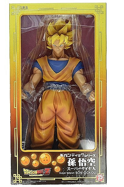X-Plus Dragon Ball Z Super Saiyan Goku Gigantic Series Statue