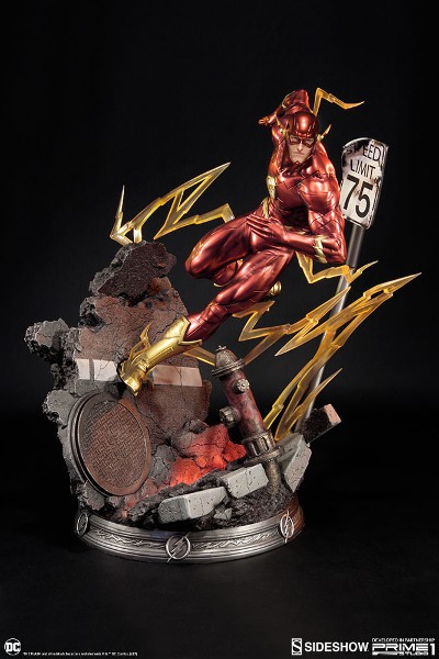 Preorder Sideshow and Prime 1 Studio DC The Flash Statue
