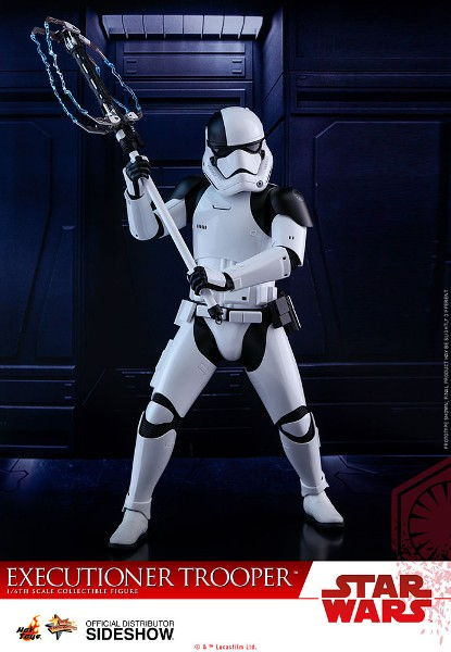 Preorder Hot Toys Star Wars Last Jedi Executioner Trooper Figure
