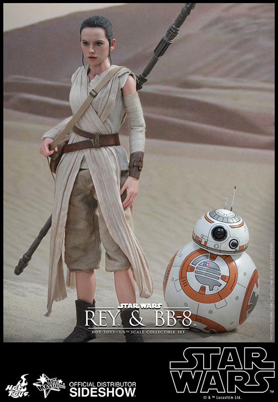 Hot Toys Star Wars The Force Awakens Rey and BB-8 Figure Set
