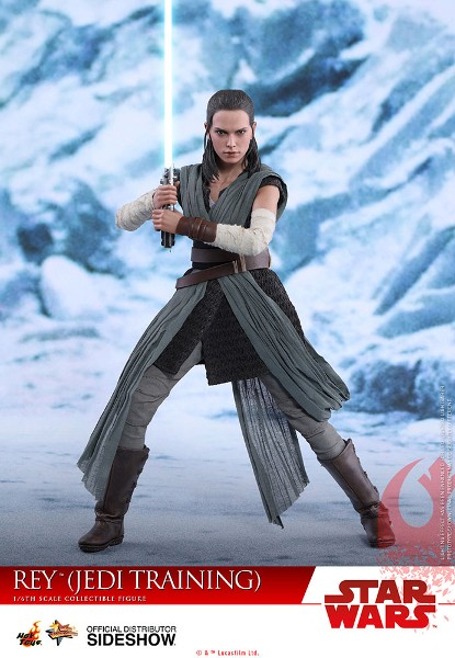 Hot Toys Star Wars Rey in Training Outfit Sixth Scale Figure