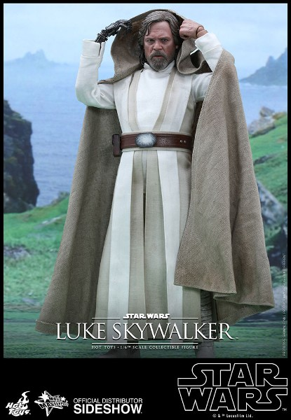 Hot Toys Star Wars The Force Awakens Luke Sixth Scale Figure